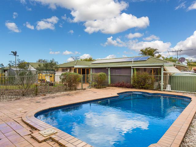 12 Camille, Wynnum West QLD 4178