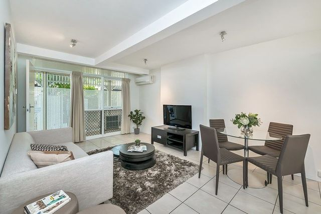 4/14 Lucy Street, QLD 4064