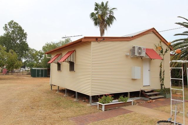 243 Alfred Street, Charleville QLD 4470