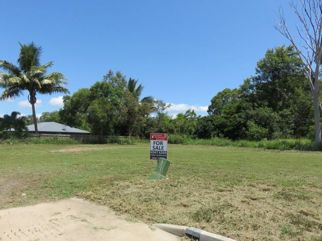 3 (LOT 3) Elle Court, Armstrong Beach QLD 4737