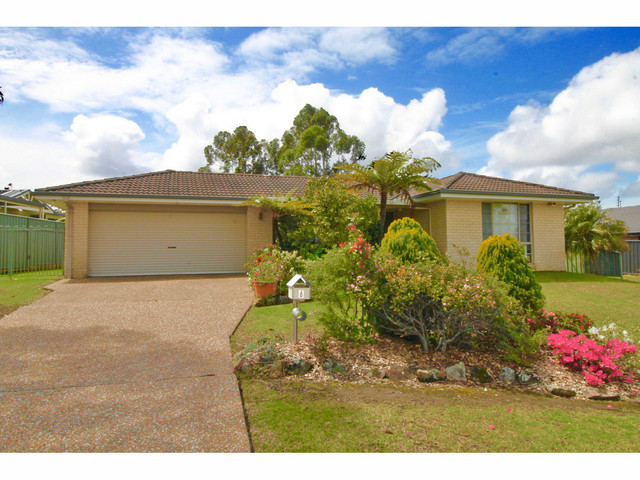 6 Turvey Crescent, St Georges Basin NSW 2540