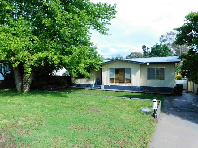 60 Culey Avenue, Cooma NSW 2630