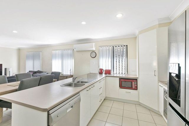 7 Grand Canyon Drive, Springfield Lakes QLD 4300