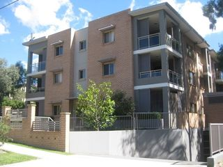 7/81-83 Clyde St
