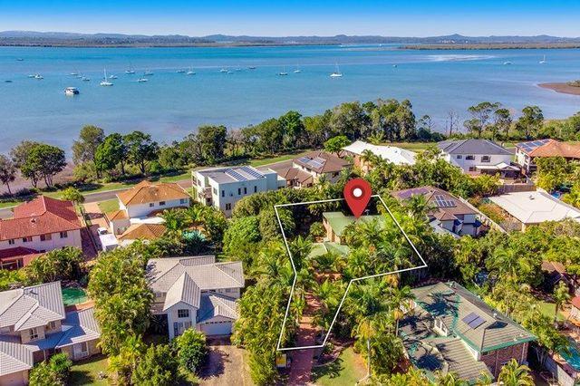 4 Robert Court, Redland Bay QLD 4165