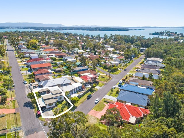 15 Illawong Road, Summerland Point NSW 2259