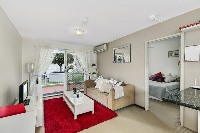 6/69-73 Ferny Avenue, Surfers Paradise QLD 4217