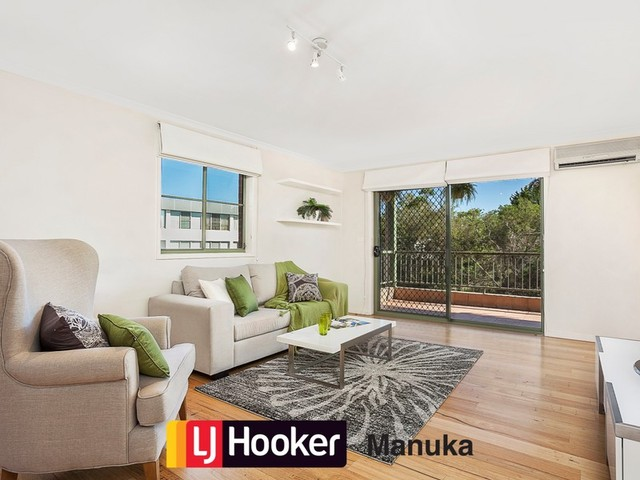 2/9 Oxley Street, Griffith ACT 2603