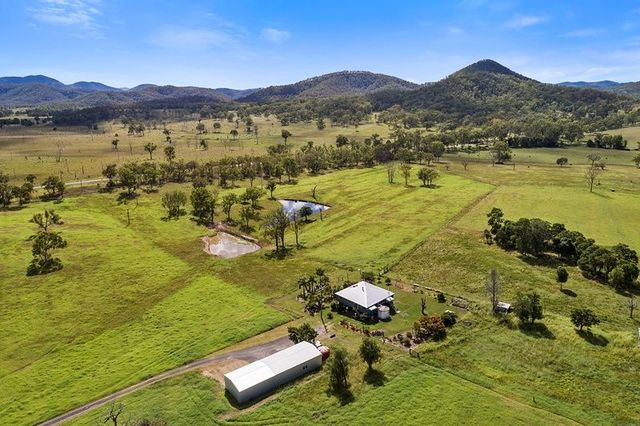 (no street name provided), Oakview QLD 4600