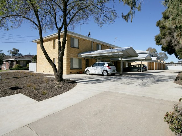 Unit 4/12 Higgins Avenue, Wagga Wagga NSW 2650