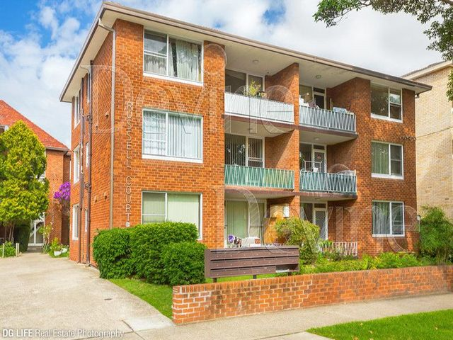 4/12A Russell Street, NSW 2135