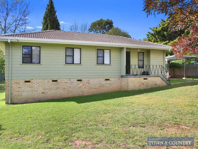 3 Pg Love Avenue, Armidale NSW 2350