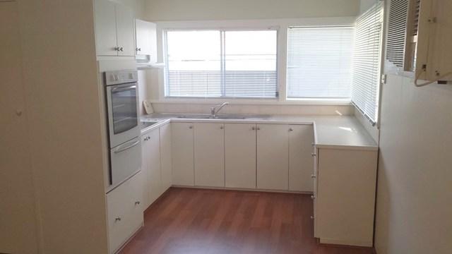 30 Panorama Pde, Berkeley Vale NSW 2261