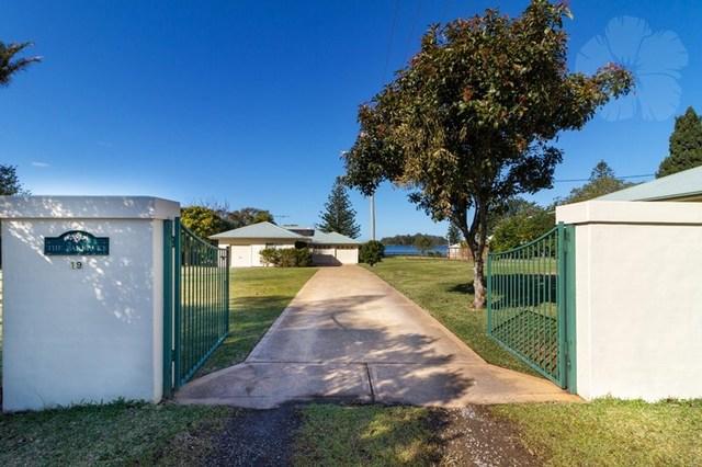 19 Church Street Carrington, North Arm Cove NSW 2324