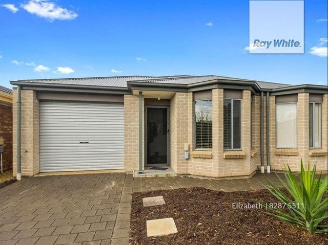 6D Harnham Road, Salisbury North SA 5108