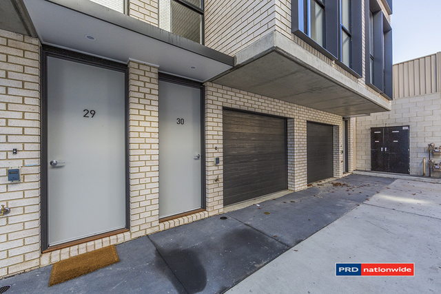 30/135 Easty Street, ACT 2606