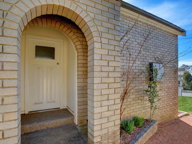 28 Garrett Street, NSW 2577