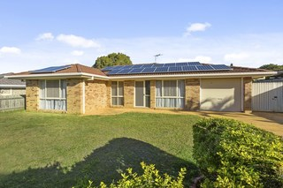27 Bottlebrush Drive