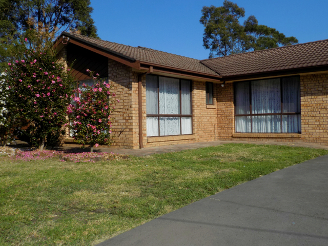 63 Leumeah Road, Woodford NSW 2778