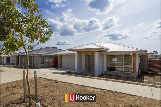 38 Cocoparra Crescent, ACT 2911