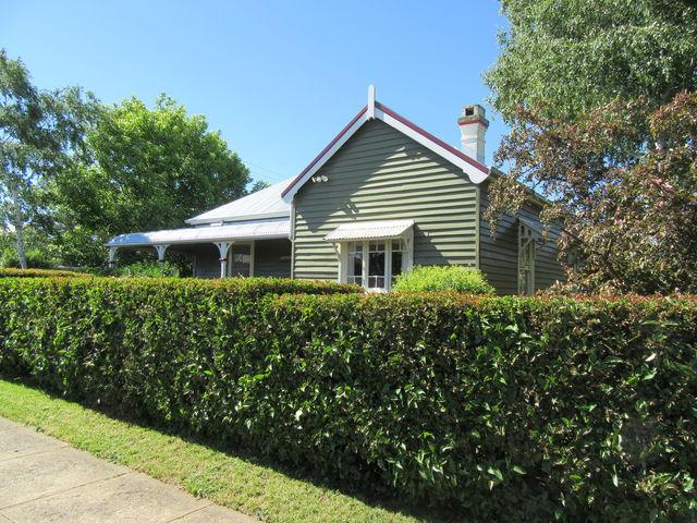 82 Wentworth Street, NSW 2370