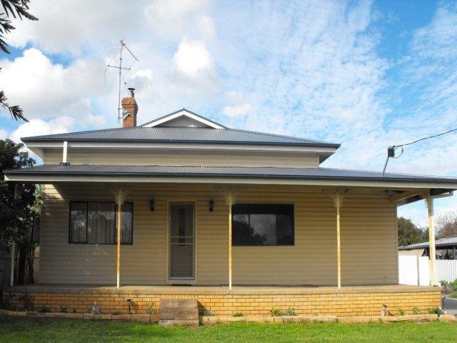 95 Wallace Street North, Coolamon NSW 2701
