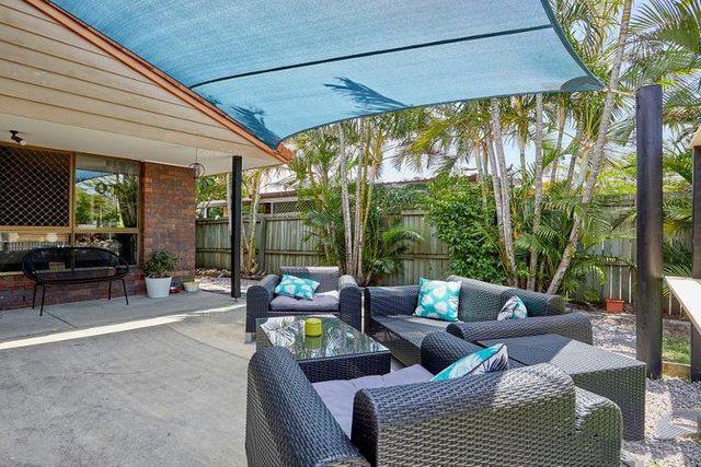 18 Medika Street, Runaway Bay QLD 4216