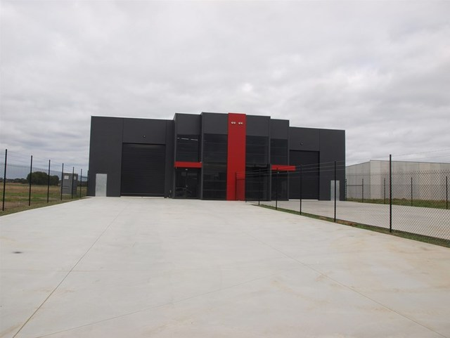 Factories 1 & 2/6 (Lot 77) Palomo Drive, VIC 3977