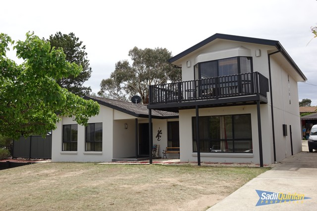1 Golding Place, Chisholm ACT 2905