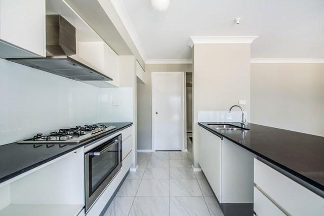 4 Lance Street, Jordan Springs NSW 2747