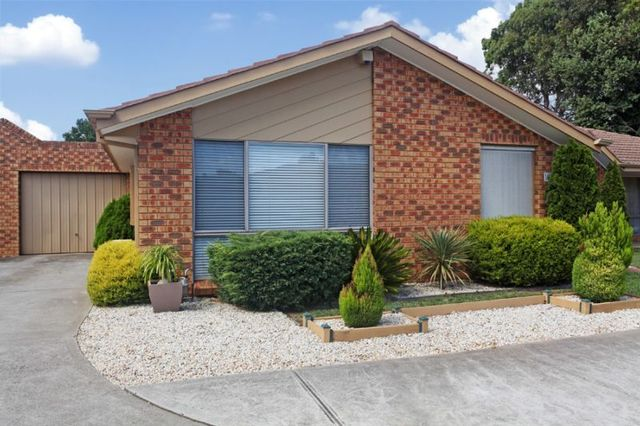 10/5 Tower Road, Werribee VIC 3030