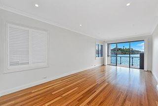 4/ 36 Hilly Street