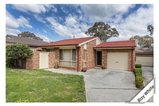 1/15 Darmody Place, Jerrabomberra NSW 2619