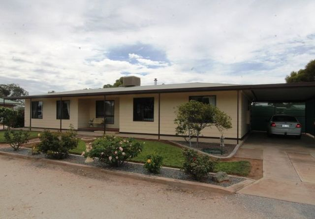 36 Lincoln Highway, Cowell SA 5602