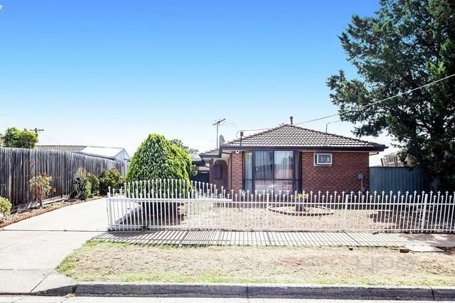 2 Westbourne Drive, VIC 3024