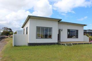 6 beach street mcloughlins beach real estate for sale for Beach house builders gippsland