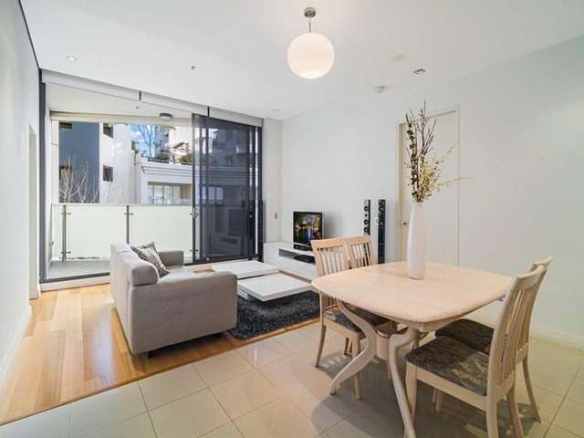 709/8 Glen Street, Milsons Point NSW 2061