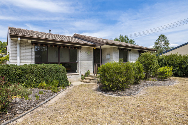 12 Gunning Place, ACT 2902