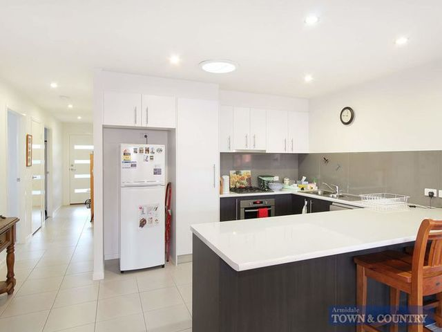 2/8 Power Place, NSW 2350