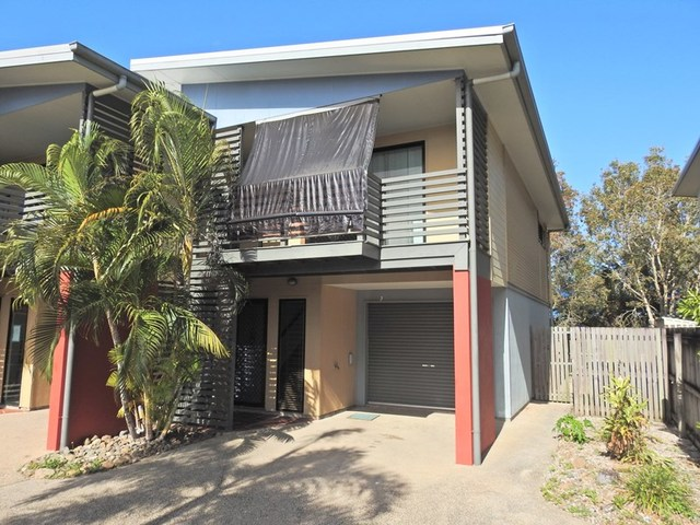 1/4 Whistler Way, Mount Pleasant QLD 4740