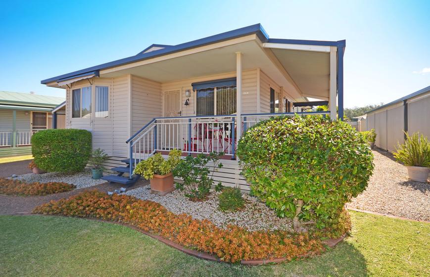 204/1 Greenmeadows Drive, Port Macquarie NSW 2444