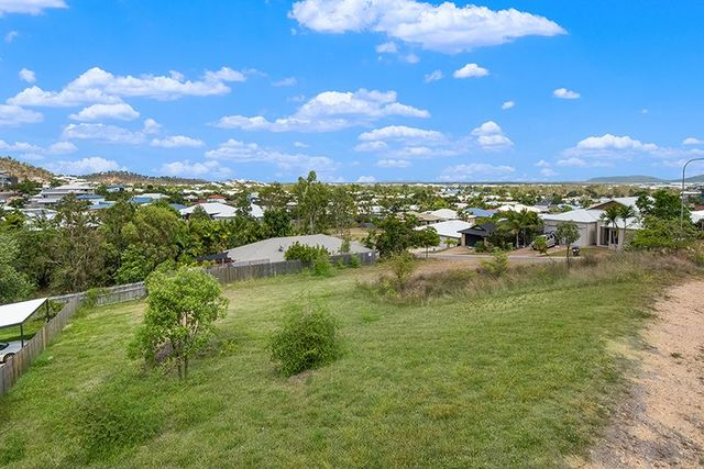 49 St Albans Road, Mount Louisa QLD 4814