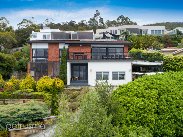 11 Kingsley Avenue, Sandy Bay TAS 7005