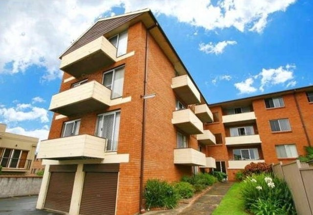 8/42A Kembla Street, Wollongong NSW 2500