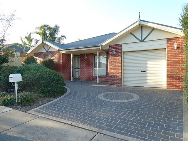 61 Cover Drive, Sunbury VIC 3429