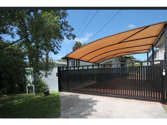 12 Milfoil Street, QLD 4179