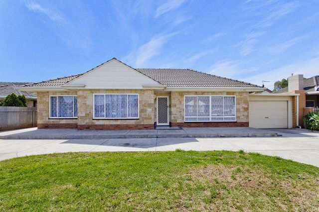 4 Washington Crescent, Findon SA 5023