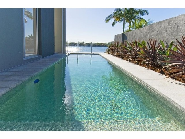37 Martinique Way, Clear Island Waters QLD 4226