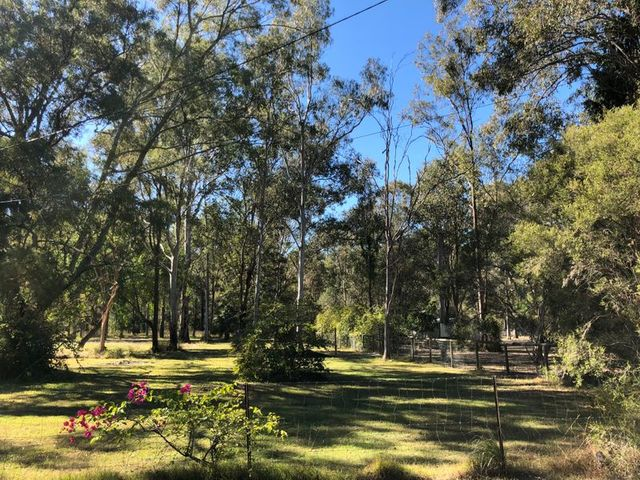 1021 New Road, QLD 4110