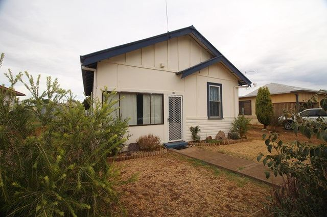 137 Little Barber Street, Gunnedah NSW 2380